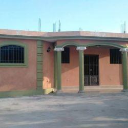 Jolie Maison a Vendre et a Louer, GRESSIER, Haiti