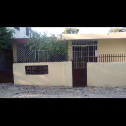 VEND UNE BELLE MAISON DE 4 PIECES EN BETON ARME A CARREFOUR EN HAITI