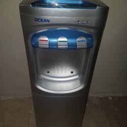 Distributeur d'eau EXCELLENTE CONDITION