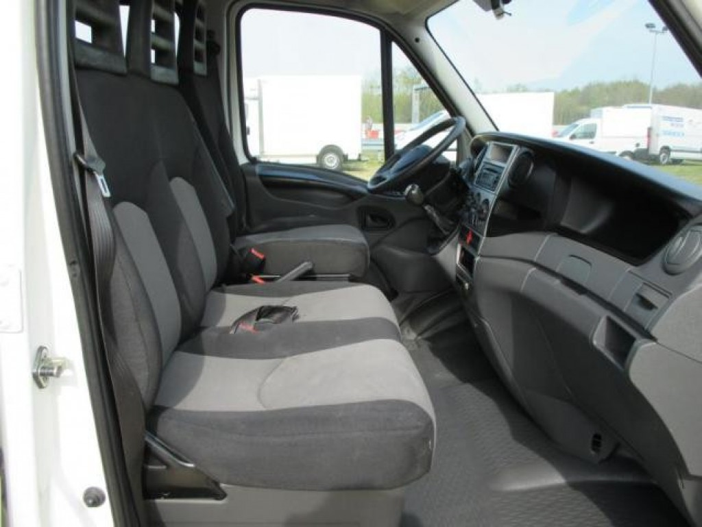 camion iveco 7 places - camions    tracteurs